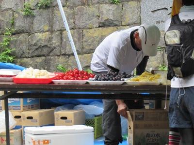 石岡市特産のトマトや梨や葡萄