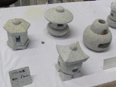 コンパクトな燈籠,ミニ燈籠,真壁石