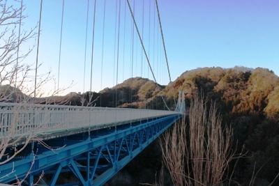竜神大吊橋は歩行者専用として、375mの長さを誇ります