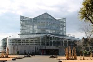 茨城県植物園内の熱帯植物館です。