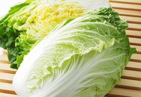 鍋料理や漬け物に欠かせない白菜が最も美味しい季節は11月頃から2月頃です。