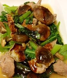 新鮮な小松菜を使ったメニュー